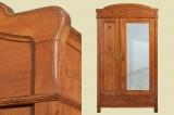 Antiker Nußbaum Jugendstil Kleiderschrank mit Spiegel von 1910