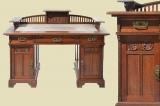Besonders Schöner Antiker Jugendstil Schreibtisch mit Geländer von 1920